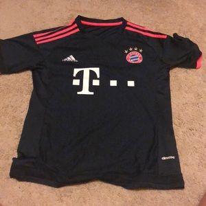 15-16 FC Bayern 3rd Jersey